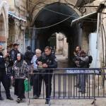 """Abbas: El cierre del Monte del Templo es una """"Declaración de Guerra"""""""