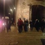 Jerusalén: Grupo de árabes acorrala a 2 judíos y acuchilla a uno de ellos