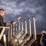 Netanyahu encendió la sexta vela de Jánuca junto a soldados de Israel