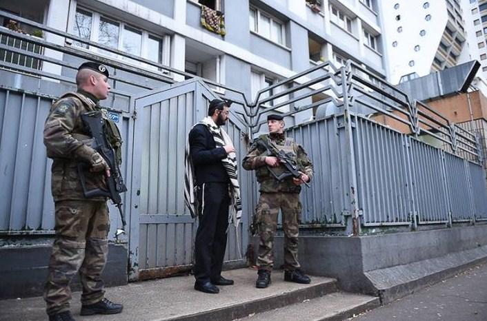 seguridad-edificios-judios-paris_1