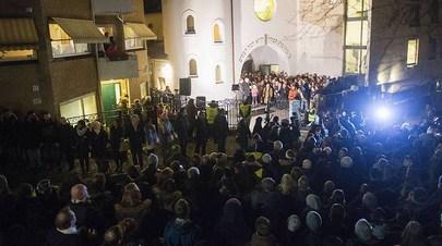 noruega-musulmanes-protegen-sinagoga2