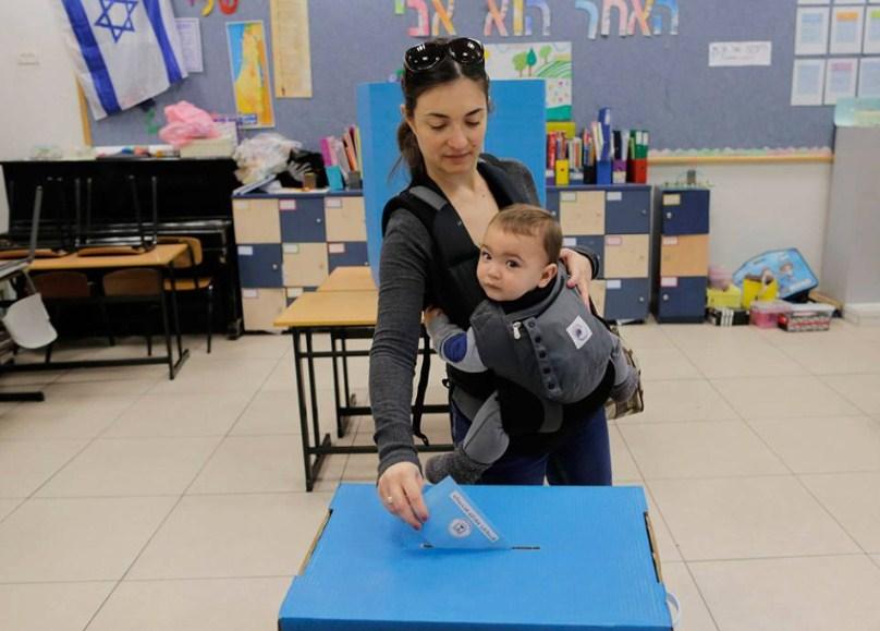 ciudadanos-israelies-votan2015-10