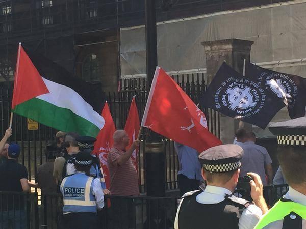 supremacistas-blancos-bandera-palestina1
