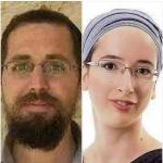 Terroristas asesinan a un matrimonio frente a 4 de sus pequeños hijos