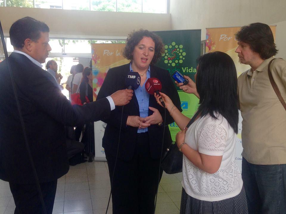 embajadora-nina-ben-ami-foto-embajada-de-uruguay-en-israel