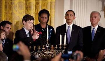 Obama desea a los judíos una Feliz Janucá, mientras apuñala a Israel en la ONU